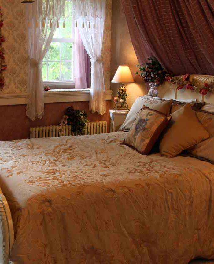 Victorian Bedroom, Iron Stone Acres Farm Bed and Breakfast Lancaster PA